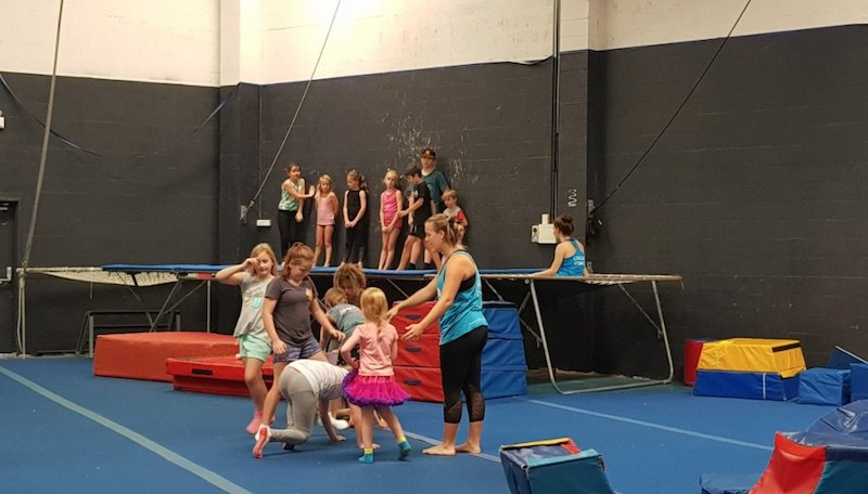 circus-arts-byron-bay-school-holiday-classes-by-nick-m-TA-