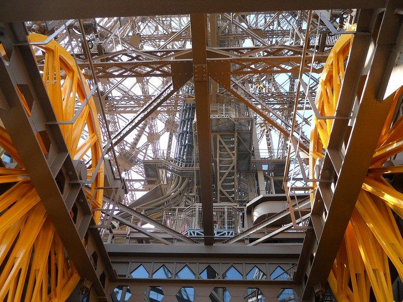 eiffel tower elevator pic by erik drost flickr