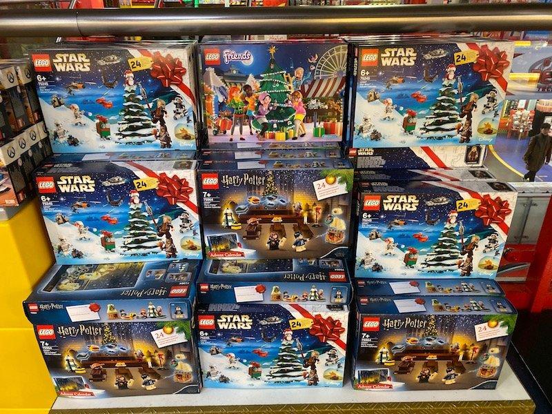 hamleys lego pic 800