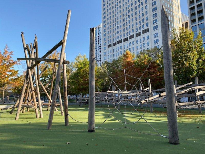 image - jubilee gardens playground logs