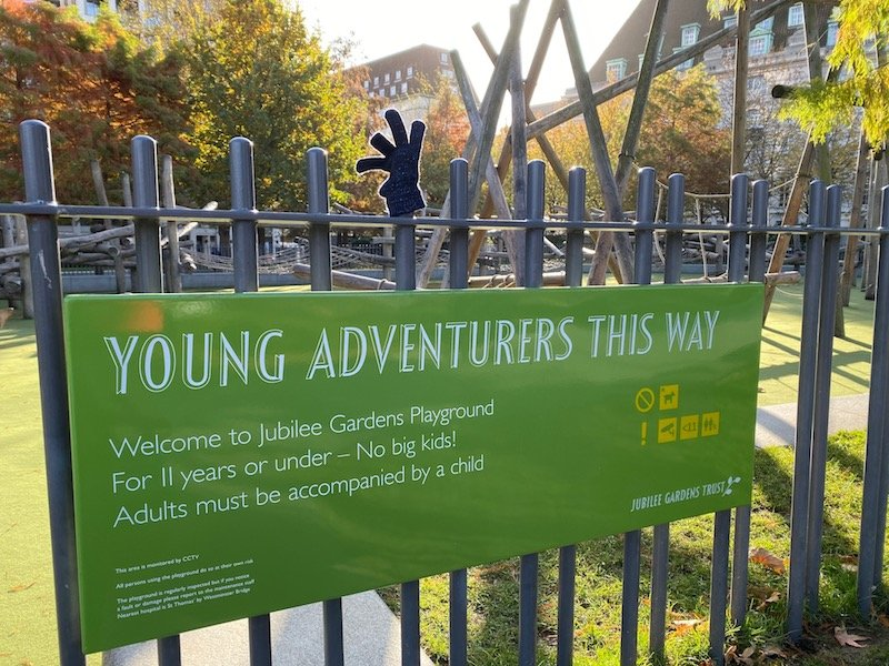 image - jubilee playground near london eye sign