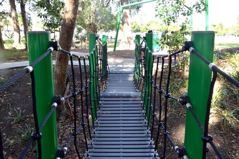 knox park murwillumbah playground bridge