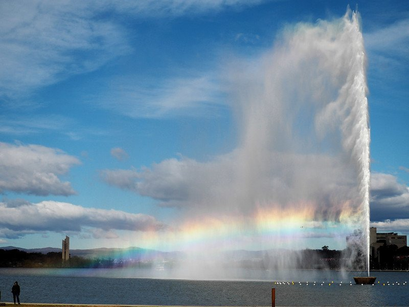 lake burley griffin water fountain by pjluk