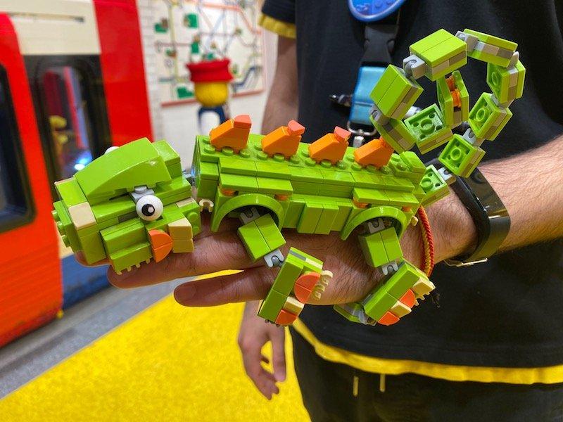lego chameleon pic