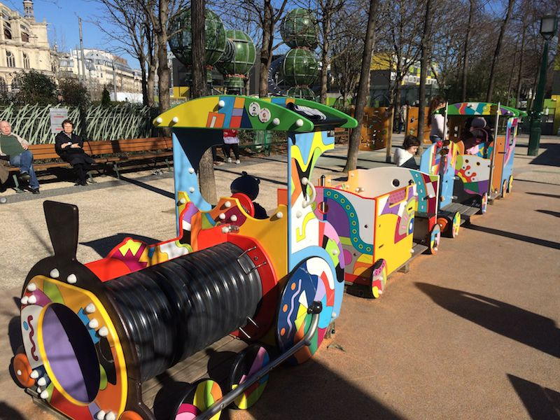 paris playgrounds for toddlers pic
