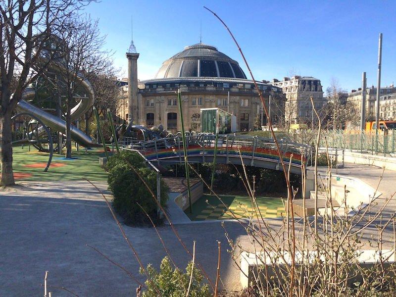 paris playgrounds near novotel pic
