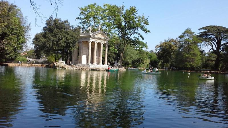 villa borghese boat rental pic