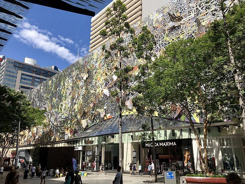 800px-Wintergarden_Queen_Street_Mall,_Brisbane_02
