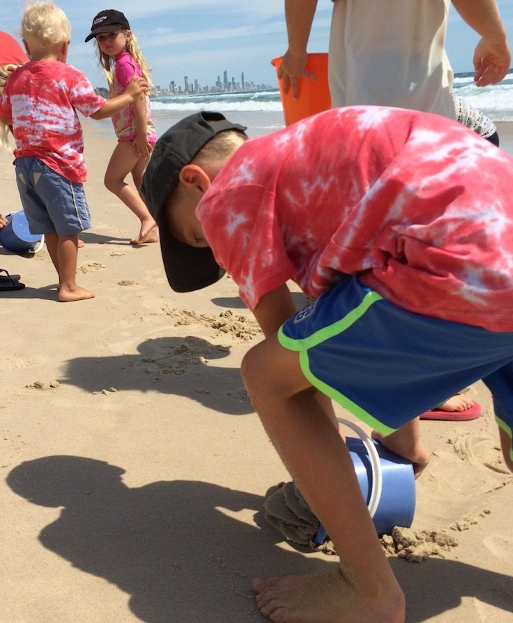 active-and-healthy-sand-digging-pic