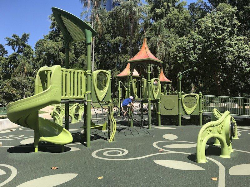 botanic garden playground in brisbane pic