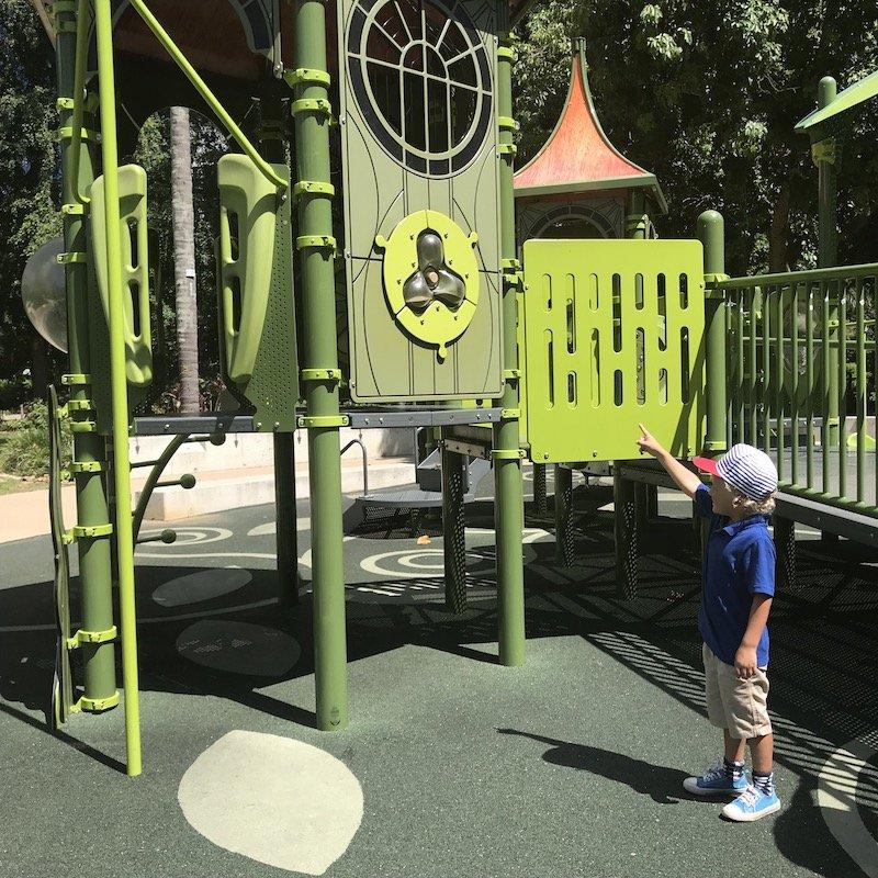brisbane botanic garden playground activities pic