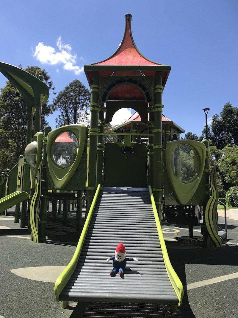 brisbane botanic garden playground fort and slide pic