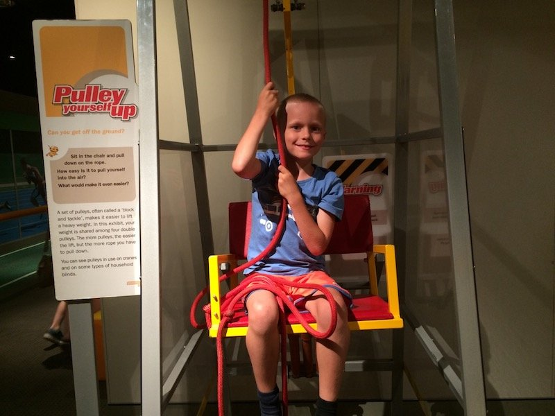 photo - brisbane science centre pulley up