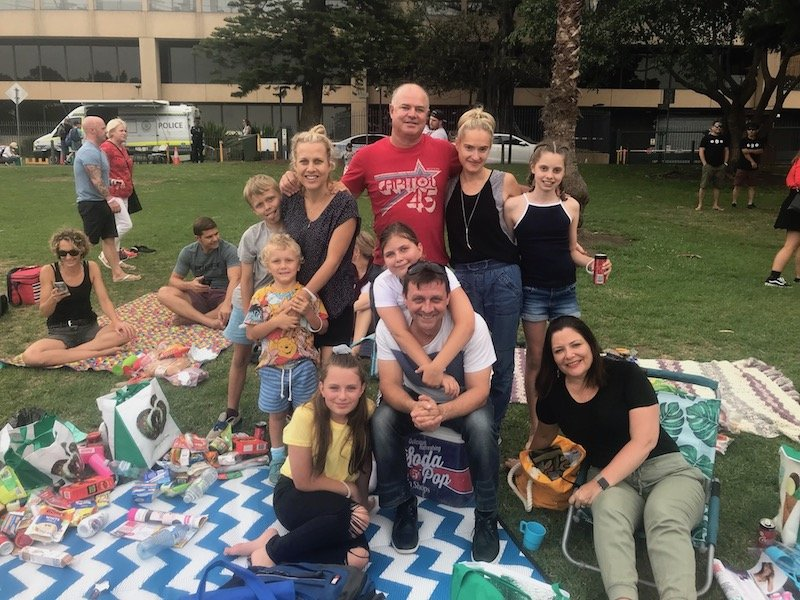 photo - christmas carols in the domain family pic