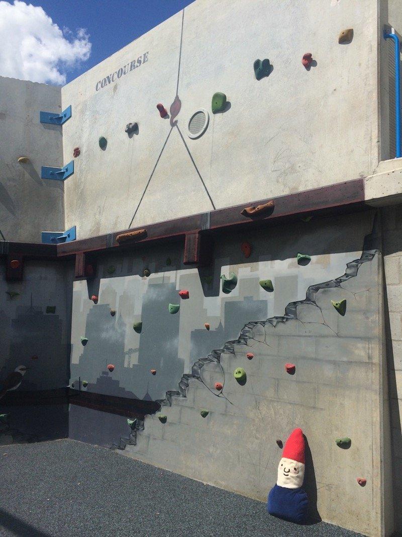 photo - frew park milton playground Frew Park Milton_climbing wall
