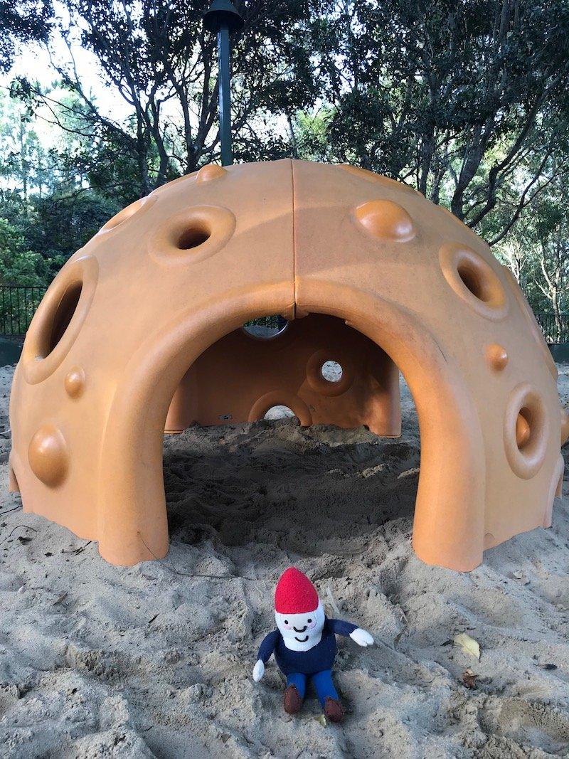 photo - parklake park cubby house