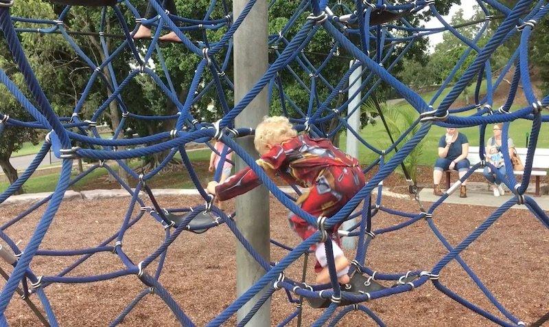photo - queens park playground climbing fort