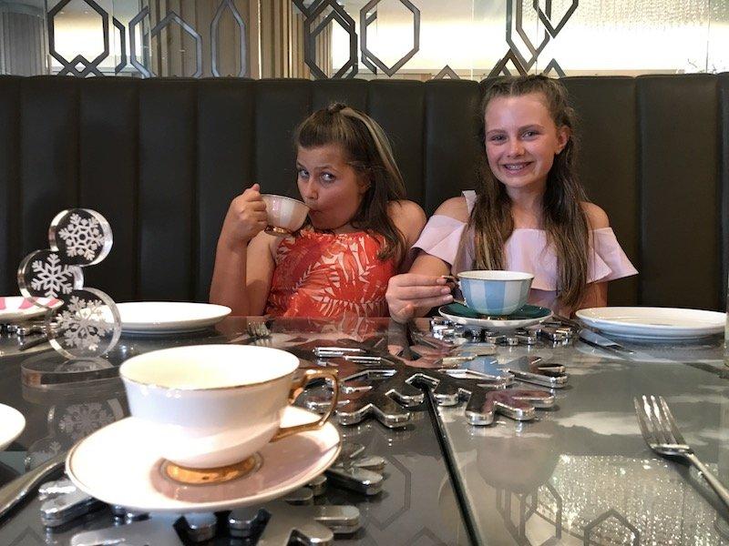 photo - sofitel sydney high tea imy holly