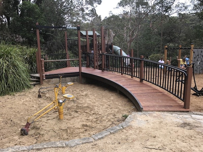 photo - tunks park playground sandpit diggers
