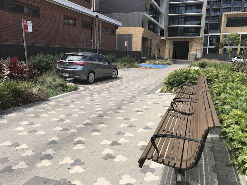 photo - wulaba park playground seating and parking