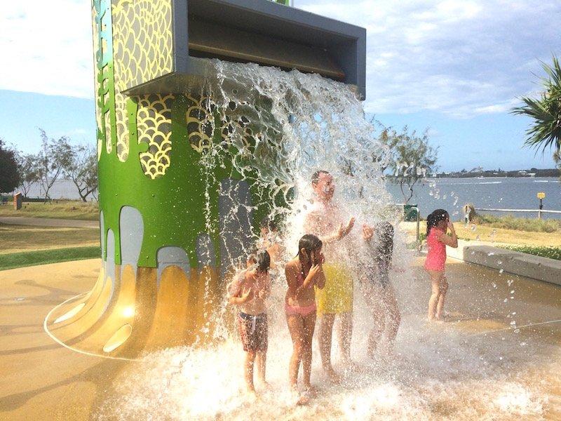 southport rock pools water splash 800