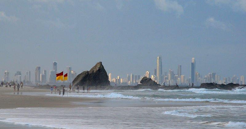 1920px-Gold_Coast_skyline_from_Currumbin_Beach