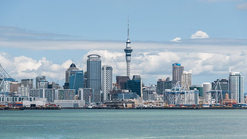 800px-Auckland_Skyline_as_seen_from_Devonport_20100128_3