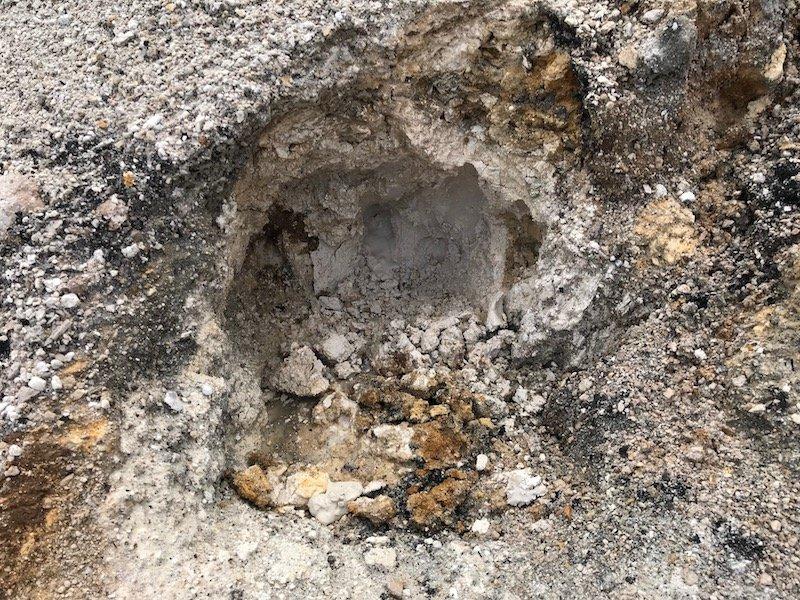 Hells Gate mud source of goop in ground pic