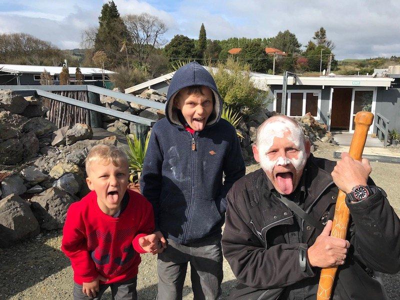 Hells Gate Rotorua tour guide pic