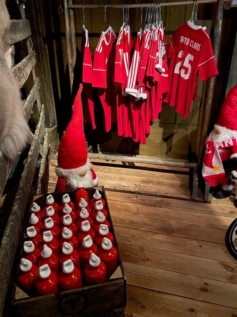 Image - Santa Park christmas soccer shirts