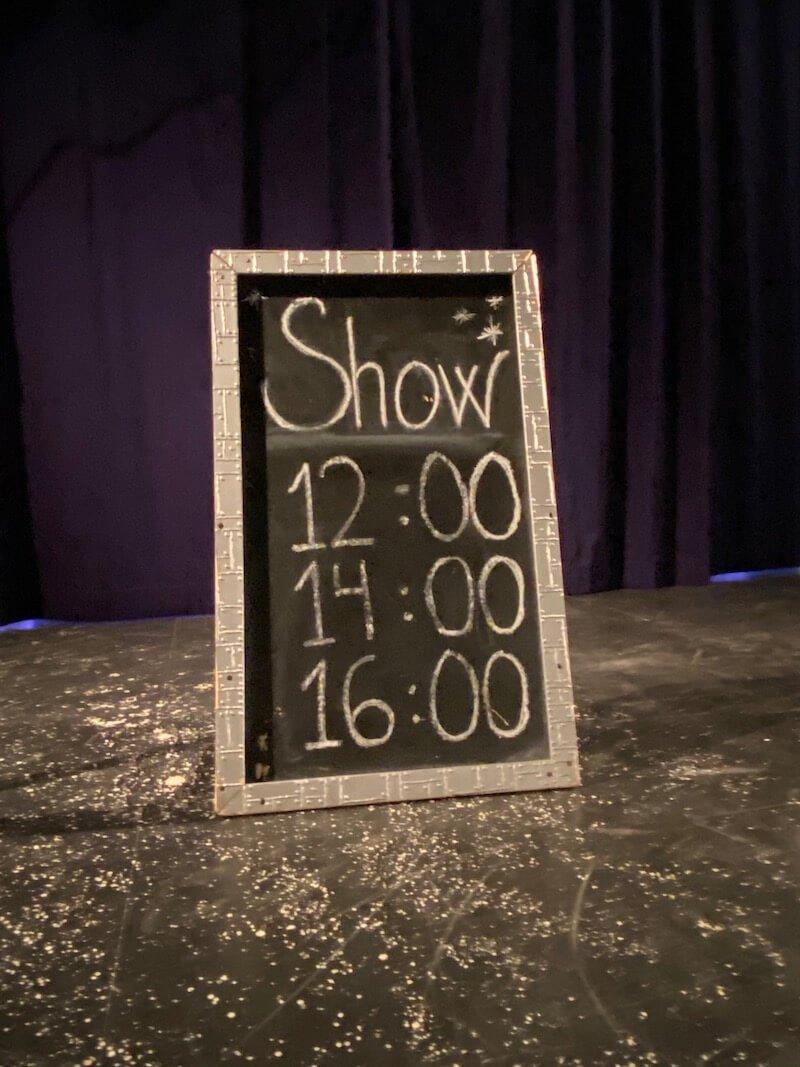 Image - Santa Park elf show times