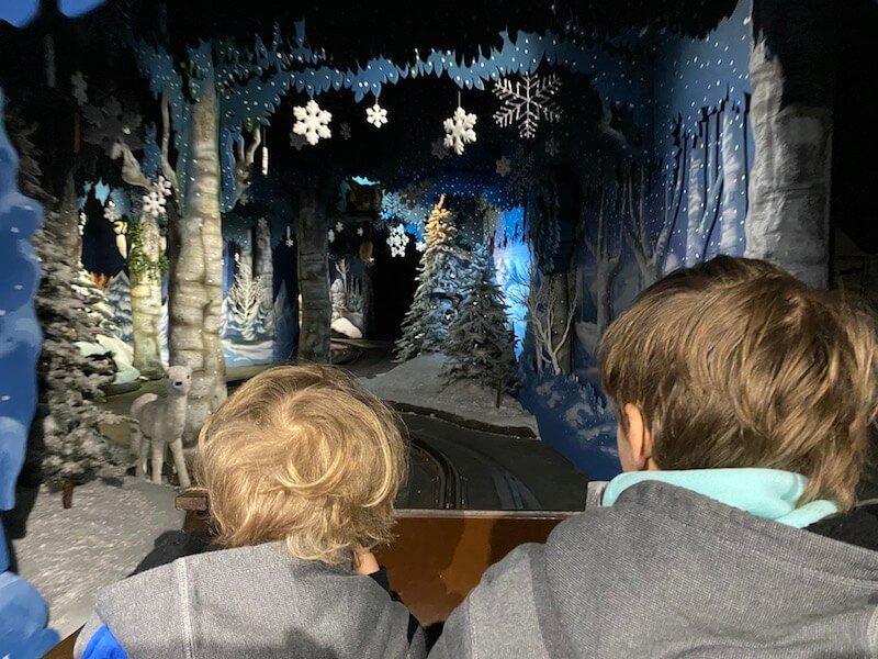 Image - Santa Park elf train ride