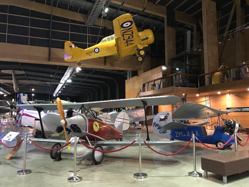 Photo - auckland motat aviation hall planes