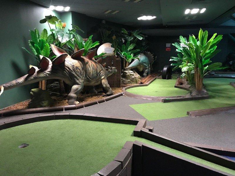 Photo - dinosaur indoor mini golf auckland course