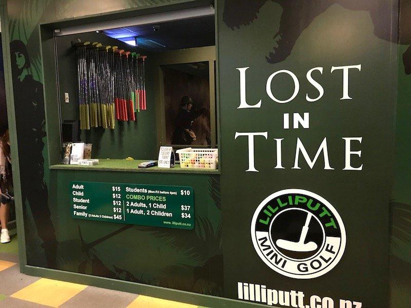 Photo - dinosaur indoor mini golf auckland entrance copy