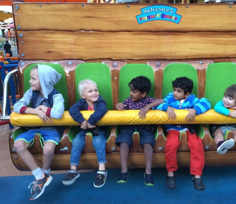 Toddlers at movie world - pounce and bounce header