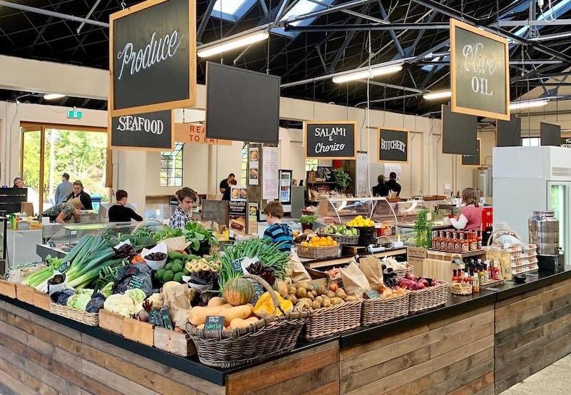 catalina farmers market 800 x 600