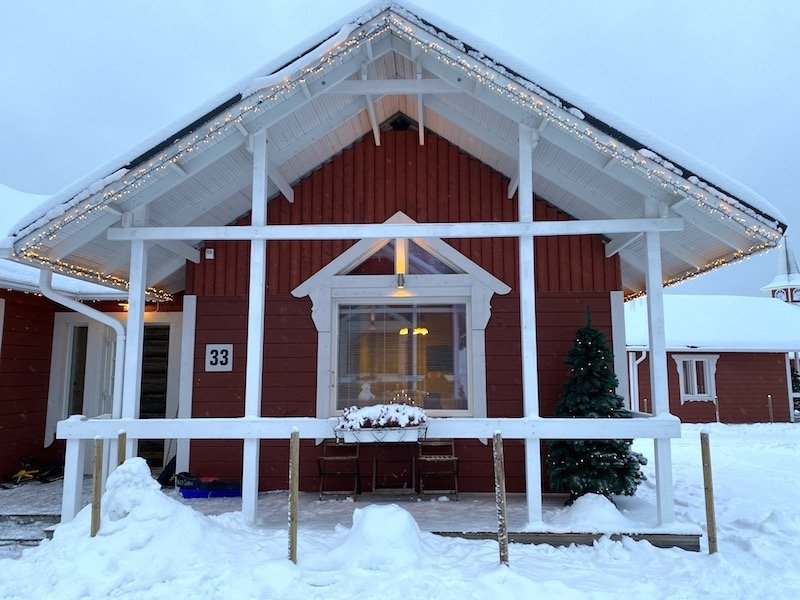 image - santa claus holiday village cabin accommodation 800 copy