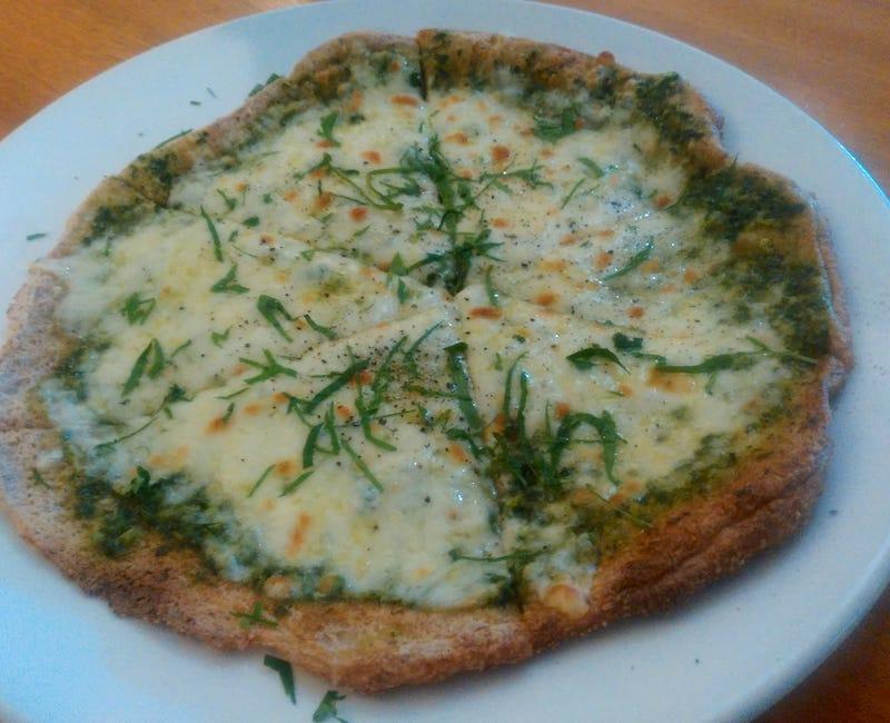 keto cheesy pesto pizza ciccio italian cafe