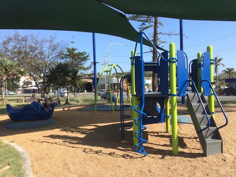 kirra beach playground fort 800