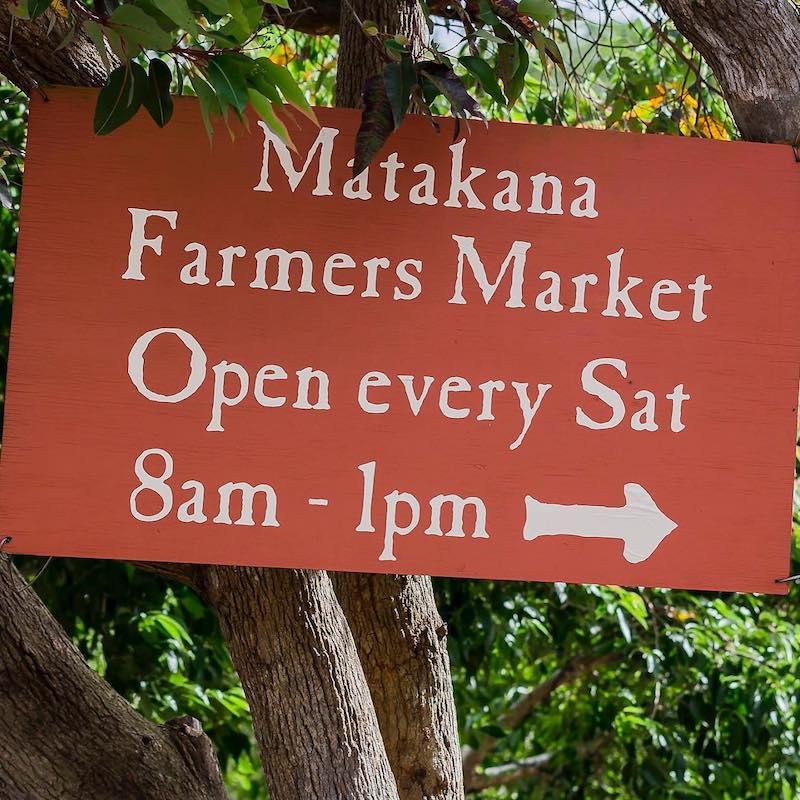 matakana farmers market sign pic