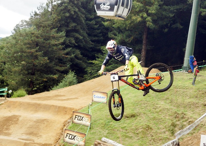 mtb gravity trails by chris sutton