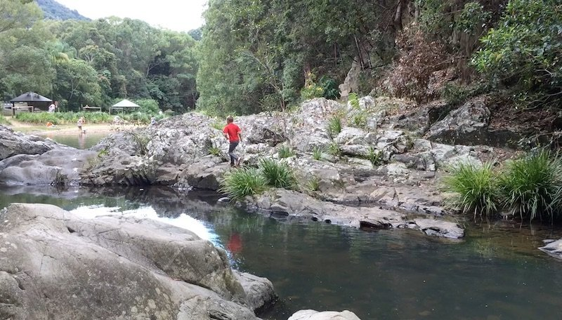 photo - rock pools in currumbin parkour view