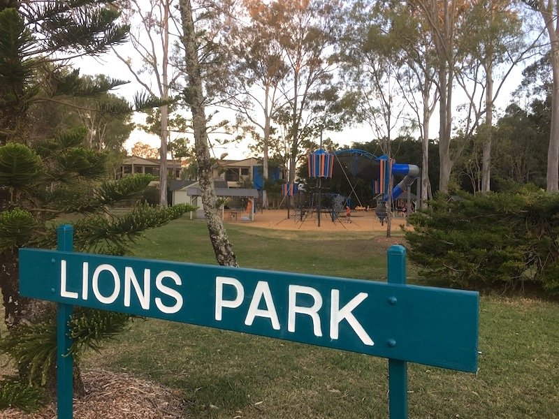 photo - helensvale lions park playground sign
