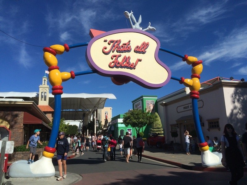 photo - movie world for toddlers that's all folks sign