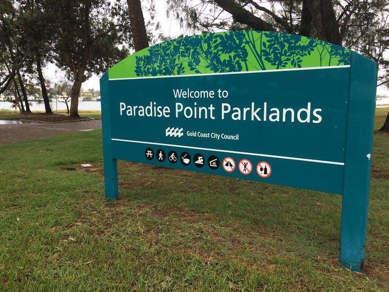 photo - paradise point parklands sign