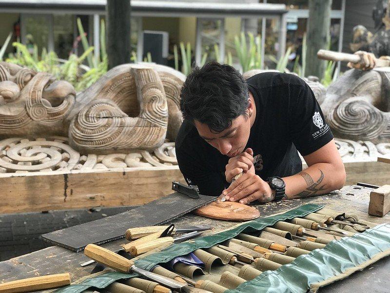 te puia maori carving school pic by shiny things
