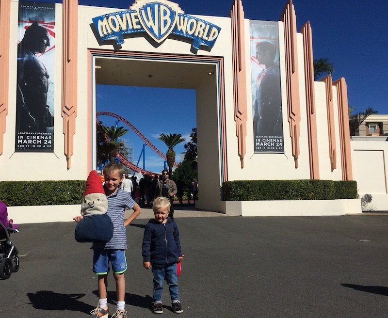 toddlers at movie world - entrance gates
