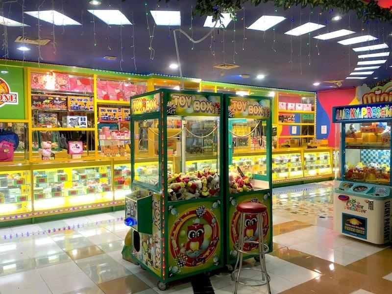 image - amazone bali prizes counter