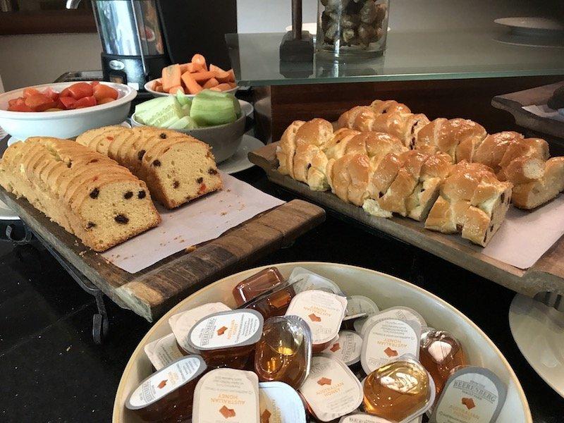 image - bali dynasty resort breakfast